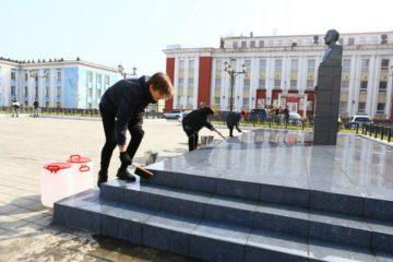 Площадь имени Завенягина в историческом районе Норильска привели в порядок