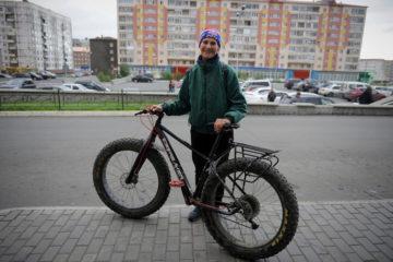 Российская рекордсменка приехала в Норильск из Твери на велосипеде