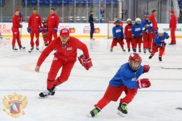 """""""Норникель"""" поддержал национальную программу подготовки хоккеистов """"Красная машина"""""""