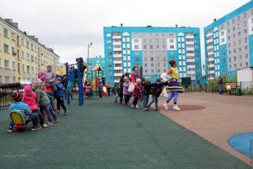 """В Дудинке появился """"Арт-дворик"""""""