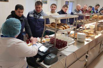 В поселке Мессояха открылись новые столовая и магазин
