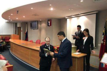 Норильских полицейских наградили за охрану общественного порядка на открытии этапа Эстафеты огня Универсиады