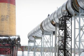 На промплощадке Надеждинского металлургического завода строят обводной газоход