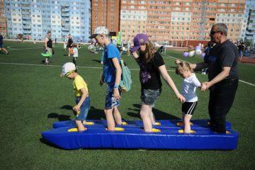 На стадионе «Заполярник» собрались любители здорового образа жизни