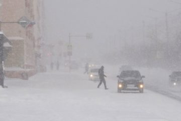 Штормовое предупреждение по очень сильному ветру сохраняется в Норильске