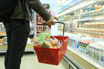 Просроченное мясо, молочку и кондитерские изделия обнаружил Роспотребнадзор в двух норильских магазинах