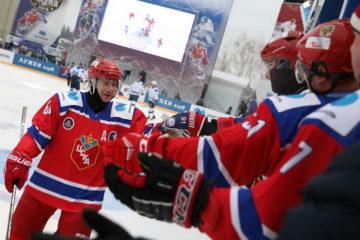 В подмосковных «Лужках» пройдет шестой «Кубок Легенд» с участием звезд отечественного хоккея