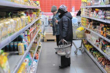 В Норильск отправили дополнительные крупные партии продуктов