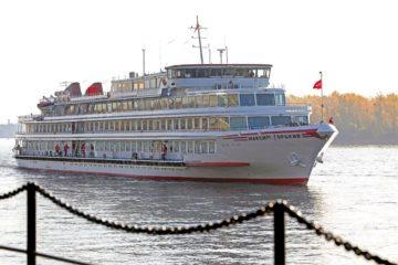 Не меньше 317 тысяч рублей придется заплатить туристам за круиз по Енисею