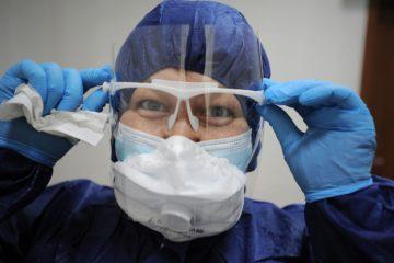 Профессия врача стала самой востребованной в России во время эпидемии