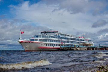 Круизный лайнер «Максим Горький» отправился в Дудинку
