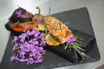 Шеф-повар показал, как наполнить домашнее блюдо ароматами тундры
