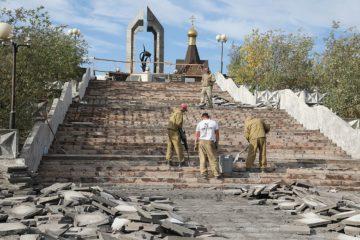 Продолжается благоустройство у мемориала «Черный тюльпан»