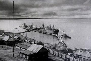 В 1936 году в Дудинке построили первый ряжевый причал