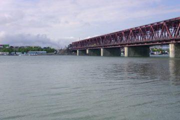 Власти решают вопрос строительства дамбы на реке Норильской