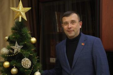 С наступающим Новым годом норильчан поздравил Александр Пестряков