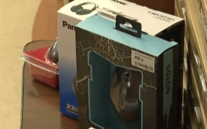 Воспитанники Дудинского детского дома получили новые ноутбуки
