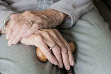 В Норильске работающие пенсионеры останутся на больничном до 28 января