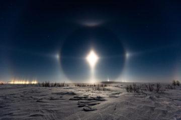 Норильчанин сфотографировал необычное лунное гало