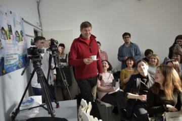 Дмитрий Губерниев рассказал норильским подросткам о том, как «живет в прямом эфире»