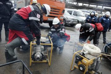 В Норильске прошли учения по ликвидации разлива топлива