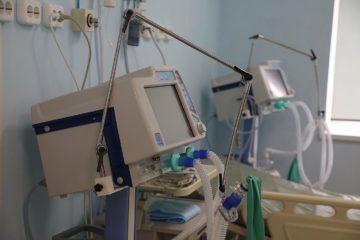 Смертность от ковида в мире за неделю выросла на 21 процент