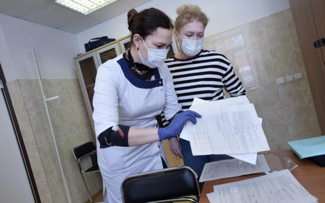 Обязательную вакцинацию от ковида ввели в Красноярском крае