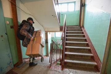 Аварийную пятиэтажку в Норильске согласились покинуть не все жильцы