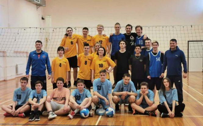 Норильские школьники определили лучшую волейбольную команду