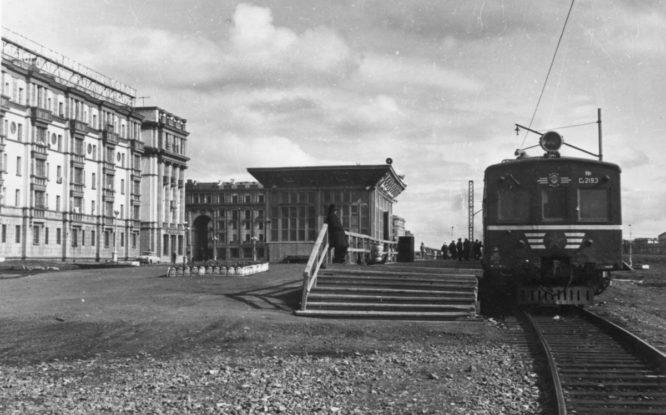 Норильская электричка раньше прибывала прямо к Ленинскому проспекту
