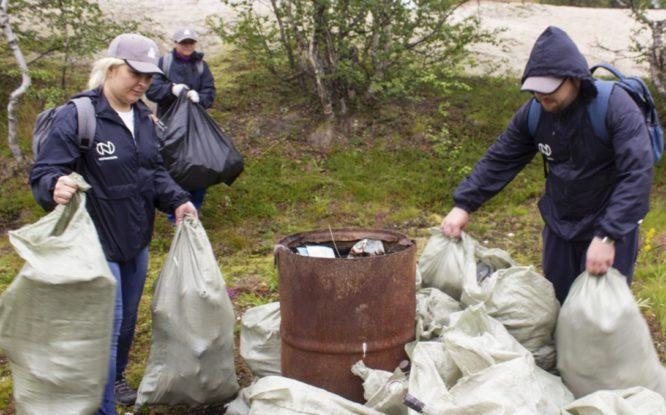 Волонтеры «Норникеля» присоединились к общероссийскому проекту «Чистая Арктика»