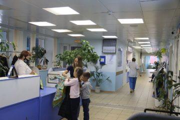 Посетителей будут пускать в больницы по новым правилам