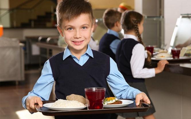 Роспотребнадзор ответит на вопросы о школьном питании
