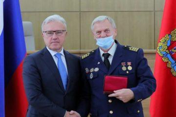 Капитанам Енисейского пароходства вручили государственные награды