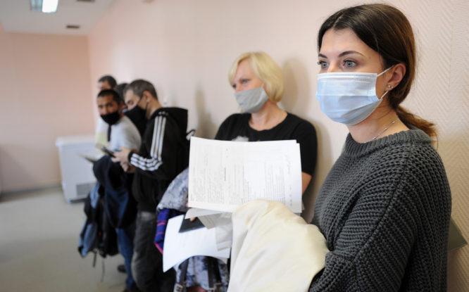 Определены первые победители лотереи среди вакцинированных