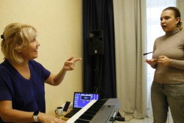 Норильчан учат петь независимо от возраста и природных данных