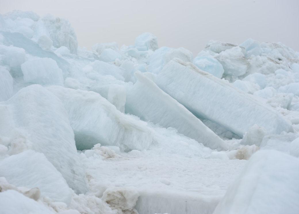 В самом древнем леднике нашли полынью размером с Люксембург