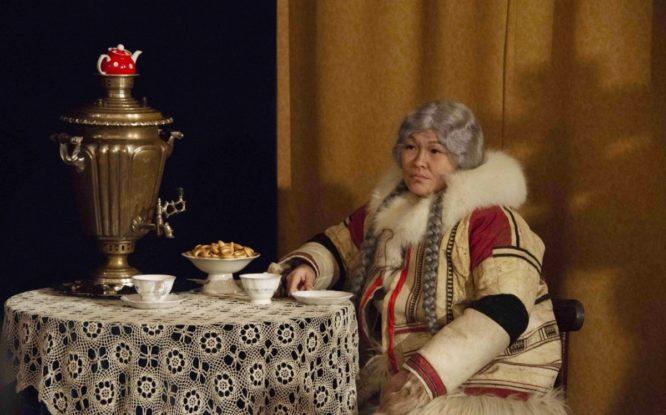Подлинные вещи XIХ века стали реквизитом к спектаклю «Купцы Дудинки»