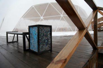 В Норильске появились лавки и урны из переработанного пластика